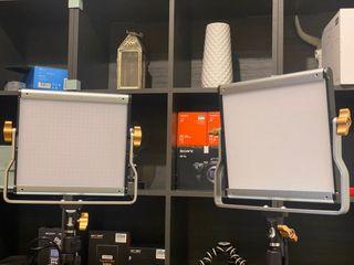 2 focos LED 28w cada panel