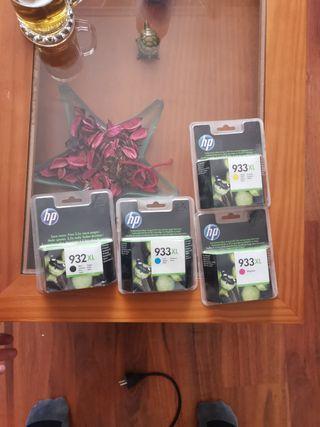 cartuchos de tinta negro y a color HP 932 y 933 XL