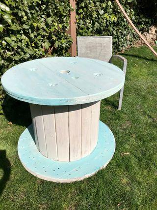 Mesa , bobina de madera , mesa jardín , terraza,