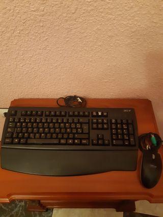 teclado y ratón de ordenador