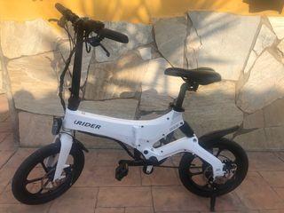 Bicicleta eléctrica plegable tipo Brompton