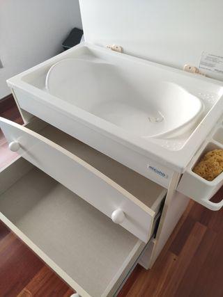 Mueble cambiador bañera.