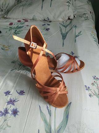 Zapatos Baile Nuevos