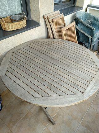 Mesa + sillas de jardin
