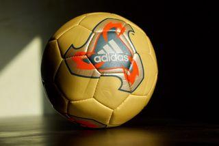 Mini Balón Adidas Mundial 2002