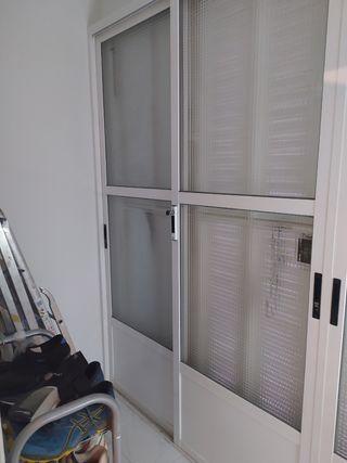 dos / cuatro puertas correderas aluminio
