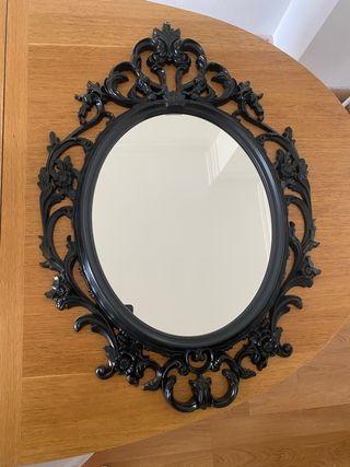 Espejo negro ovalado