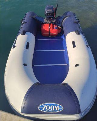 Barca Zodiac 3.10 con motor Evinrude 9.9