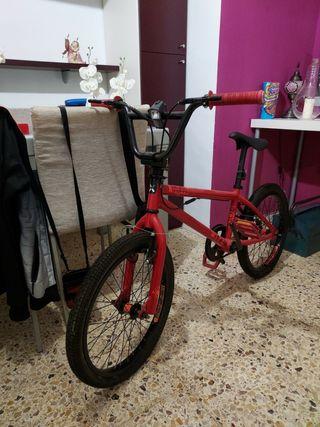 bicicleta bm , manillar jiratorio 180grados