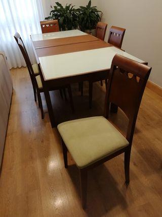 mesa comedor extensible+6 sillas 150€