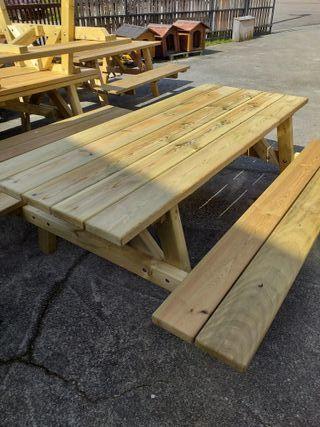 Mesa de jardin de madera maciza