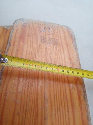 Remos de madera. tipo canoa.