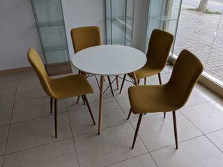 Juego Mesa Redonda y sillas