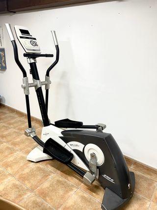 Bicicleta elíptica BH FITNESS Brazil Plus Program