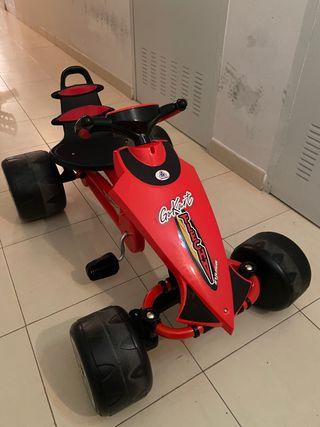 Coche de pedales para niñ@