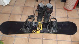 tabla y botas snowboard