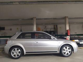 Escala 1 18 Audi S3 Ottomobile