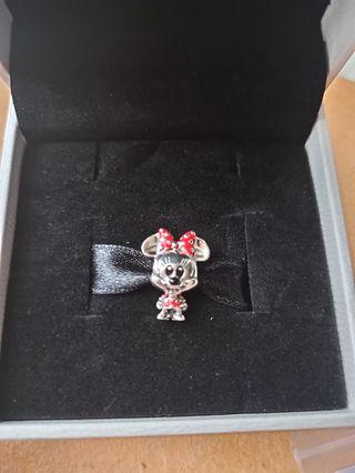 Charm Minnie colección Disney