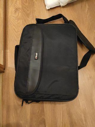 Sony Vaio + acer con 2 maletas