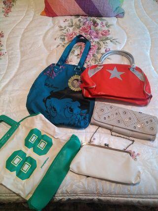 bolsos,cada uno 1 euro,bolso de Betty bien...