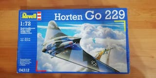 Maqueta de avion Hortem