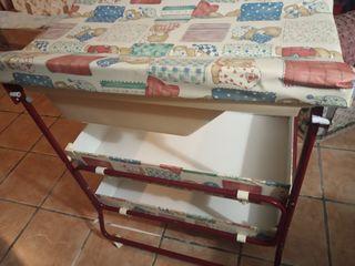 Bañera de bebe con mueble cambiador