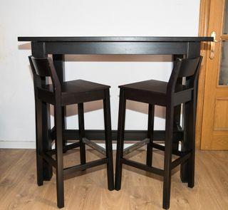 MESA ALTA IKEA 1.27 x 0.70 x 1.06 c/2 taburetes,