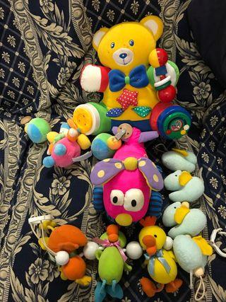 Conjunto de juguetes para bebes