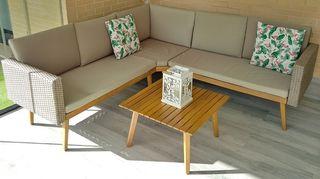 conjunto sofa-mesa de jardín-terraza