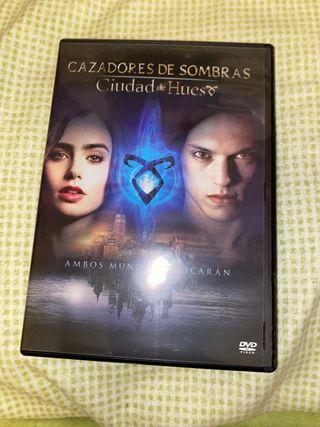 Cazadores de Sombras Ciudad de Hueso DVD