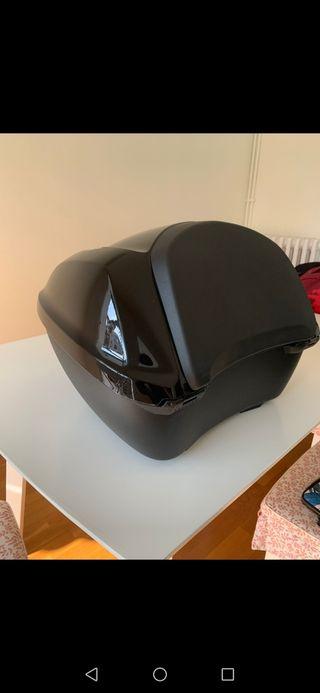 cofre casco