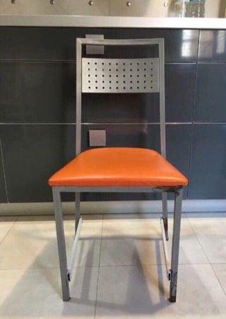 1 silla tal cual fotos.