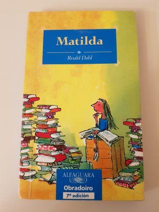 Libro infantil/ juvenil: Matilda.