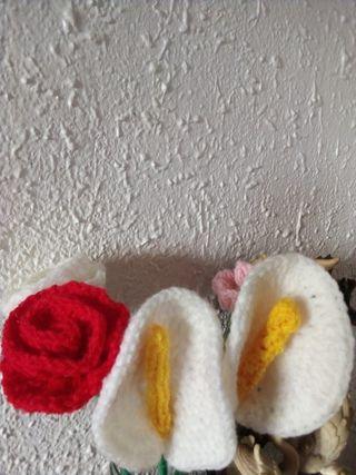 flores para jarrones de lana