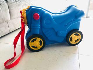 Maleta infantil con ruedas