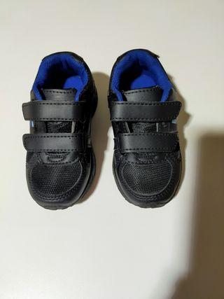 Zapatillas niñ@, talla 26