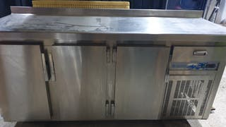 Nevera Bajo mostrador 3 puertas