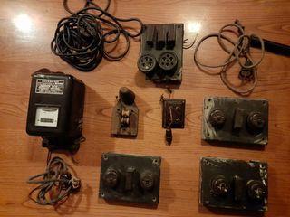 Material eléctrico antiguo