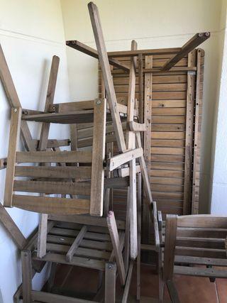 Mesa de Madera de Ikea y 4 sillas