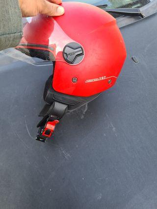 casco de moto nuevo impecable