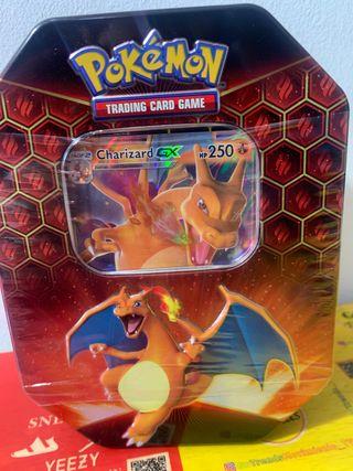 Caja de pokemon Charizard