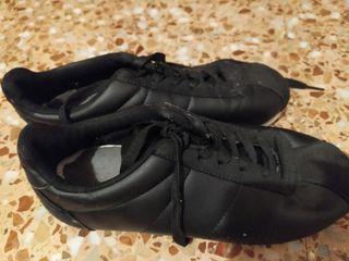 Zapatillas deportivas negras
