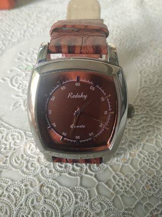 Reloj de pulsera cuadrado de mujer
