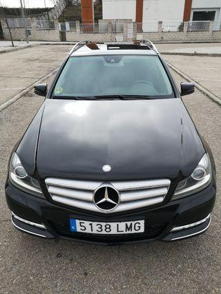 Mercedes-Benz Clase C 220 CDI AVANTGARDE. BI XENON. NAVI.