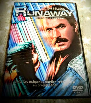 RUNAWAY película dvd TOM SELLECK