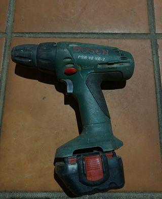 Taladro atornillador Bosh 12V