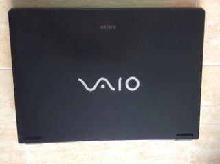 Portátil Sony VAIO VGN-AR61E