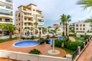 Apartamento en venta en Calle Carcaixent, 03140 Gu