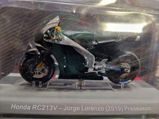 maqueta moto GP 1:18 Honda RC213V Lorenzo preseaso