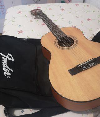 Guitarra Fender Cadete + funda